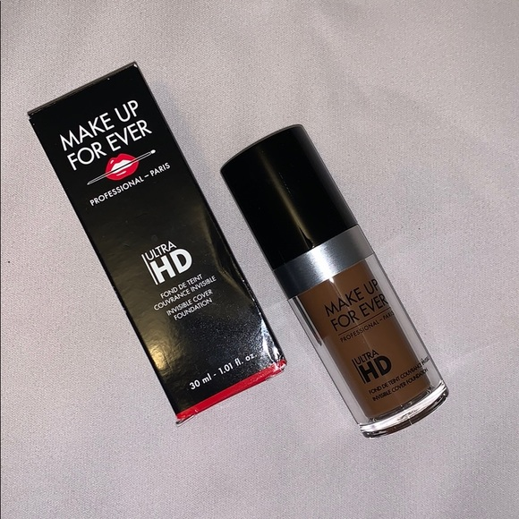 Makeup Forever Other - MakeUp ForEver Ultra HD Foundation - Y505